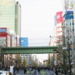 【海外の反応】「天国だ!」秋葉原の街を見た外国人の反応